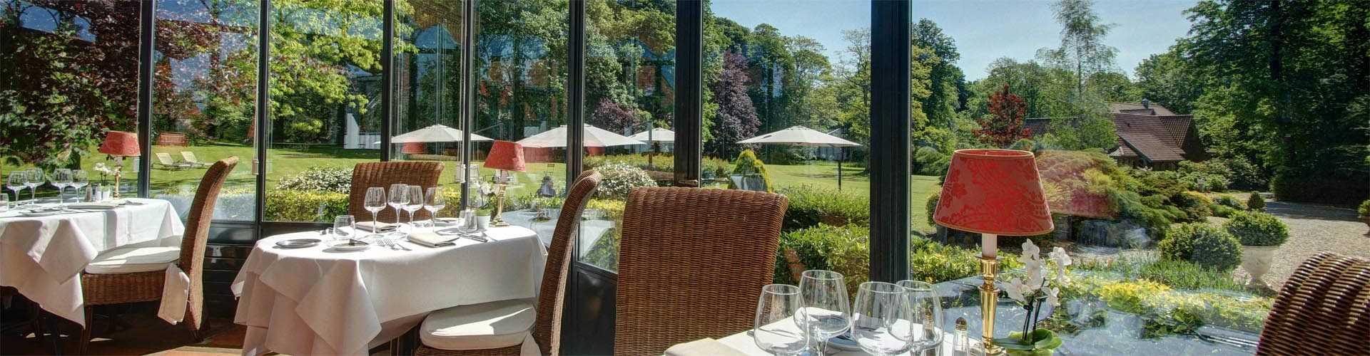 Restaurant Gastronomique Le Berthier à Boulogne Najeti - Carrelage piscine et faire un tapis en boule de feutre
