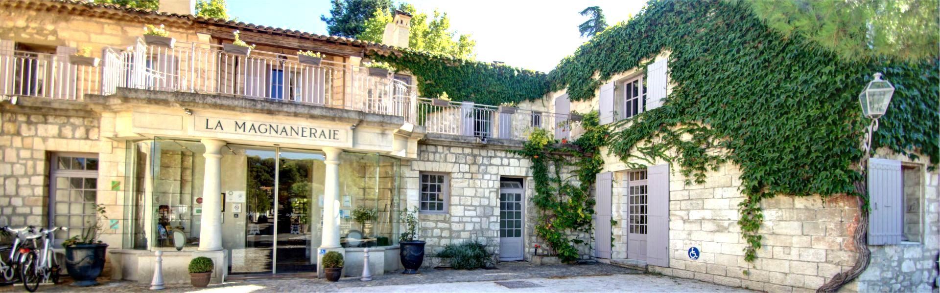 La façade du Najeti Hôtel la Magnaneraie