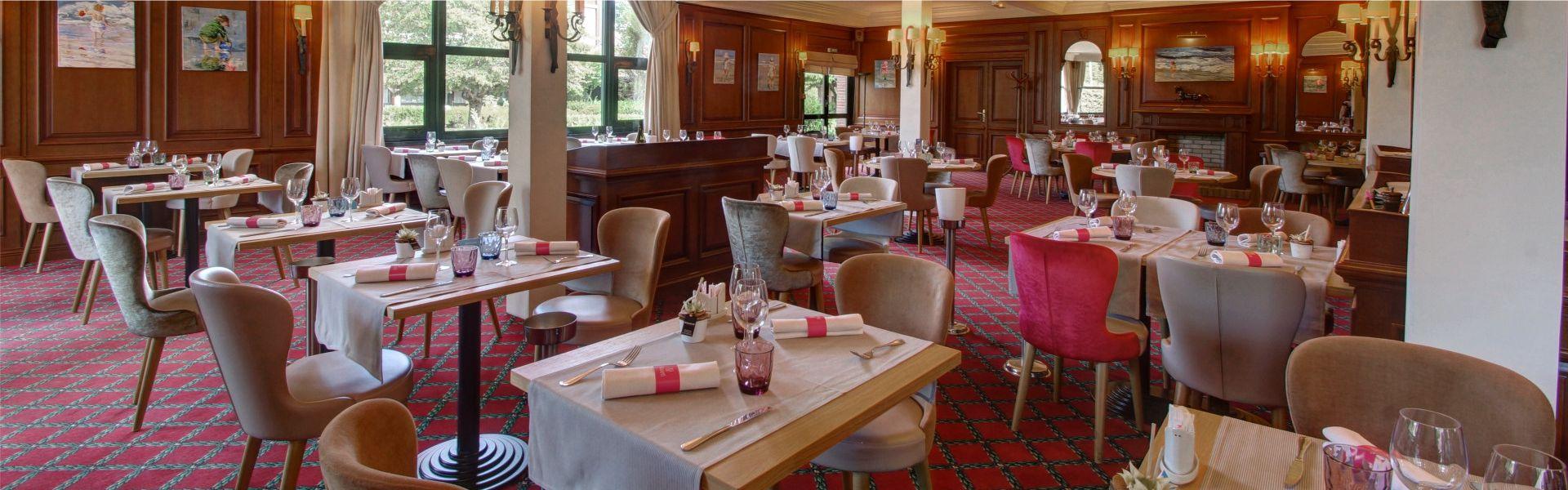 Photo de la salle du restaurant L'orangerie.
