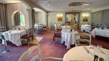Le Najeti Restaurant les Pins Parasols
