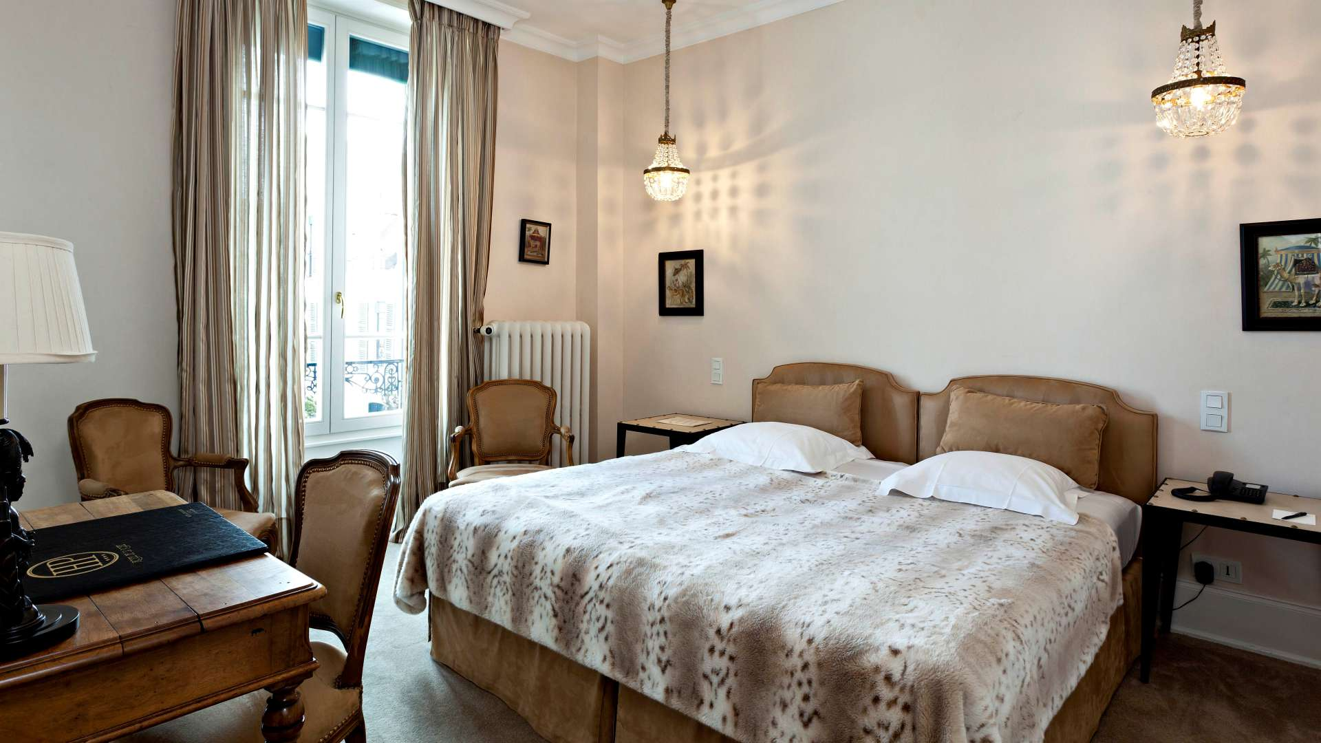 Chambre charme r servez chambre d 39 h tel beaune najeti for Chambre d hotel nice
