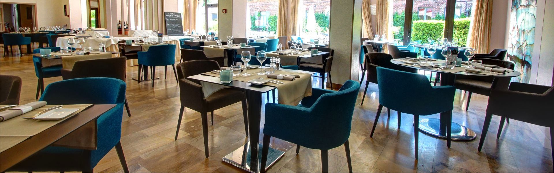 Le restaurant du Najeti Hôtel Château Tilques