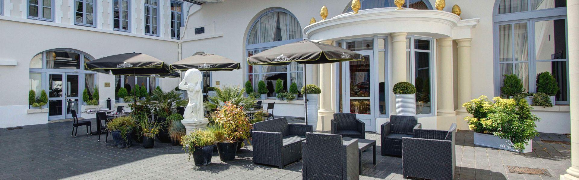 La terrasse du Najeti Hôtel de l'Univers